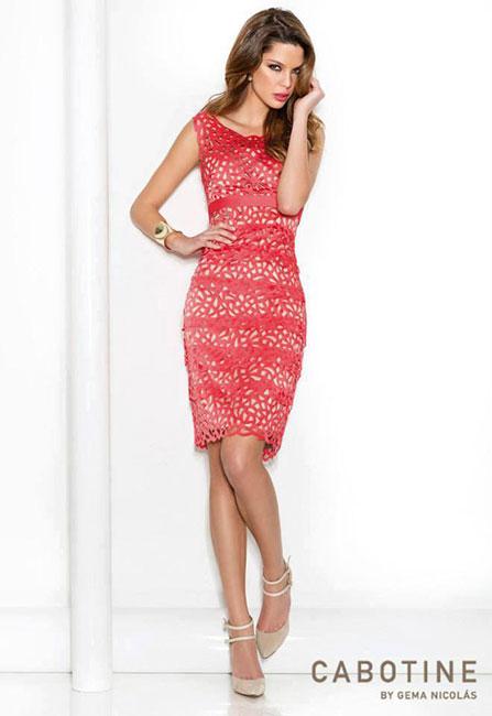 vestido corto rojo diseñado por Gema Nicolás