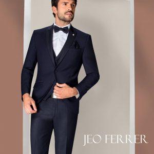 conjunto clásico, elegante y de color negro