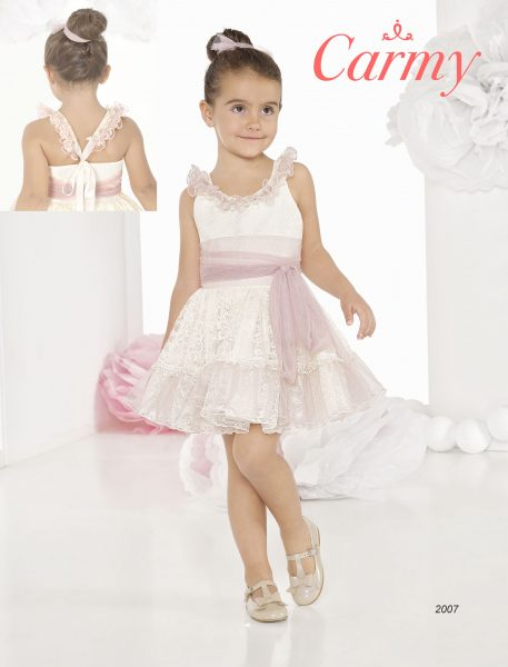 vestido de tirantes de niña